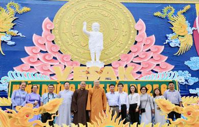 Các cơ quan lãnh đạo tỉnh chúc mừng Phật đản PL.2563 Vesak. 2019